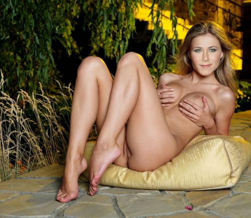 Jennifer-Aniston-Sexy-Nude-Pics-29.jpg