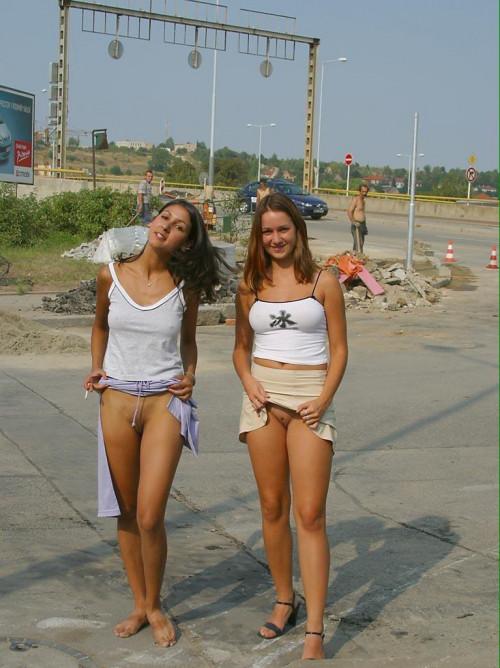 Two-Girls-Flash-Pussy-In-Public-For-Strangers.jpg
