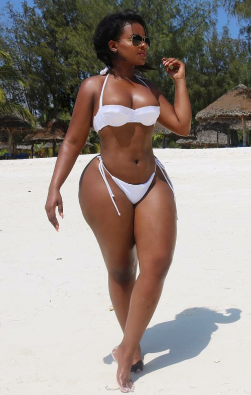 sexy-beach-body-girl-pawg_p5ykb5VOsi1w9lgc5o2_1280.png
