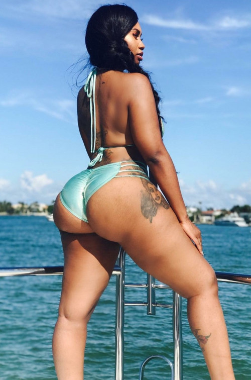 sexy-beach-body-girl-pawg_p5ztv2RnyN1w9lgc5o1_1280.jpg