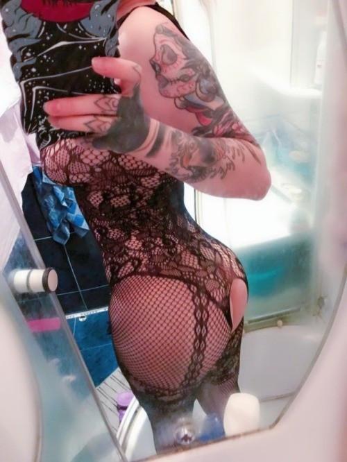 nude_aliexpress_porn_nudity_review-0bcfdc170eff60ff5ba5d7f4628bcd21.jpg
