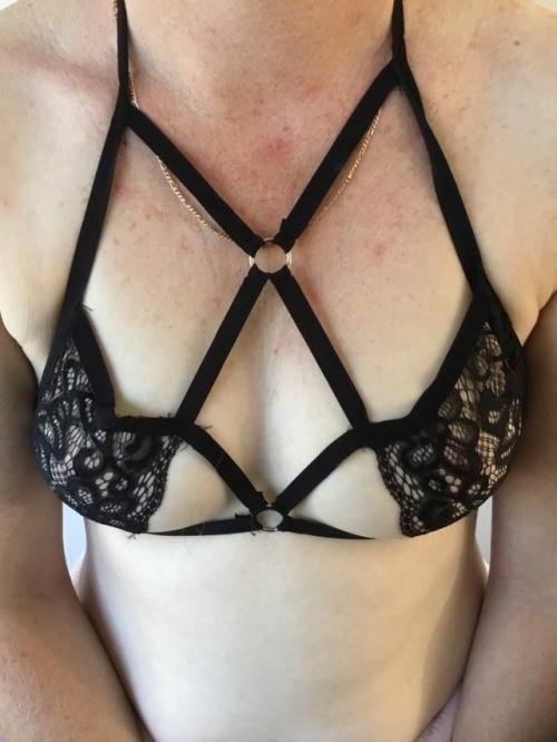nude_aliexpress_porn_nudity_review-b948bc89165d408e3933802b44bb2e35.jpg