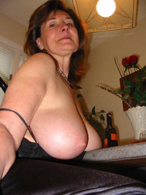 Suck_My_Tits_Slave.jpg