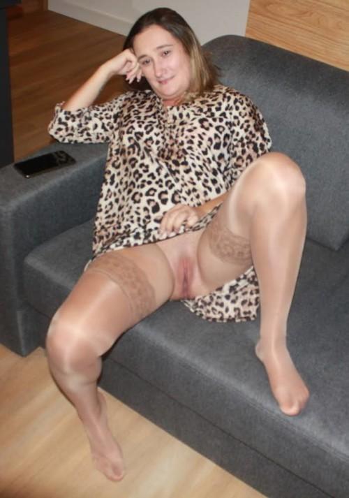 amateur-housewife-from-poland-joannaderus-masturbating-more-935.jpg